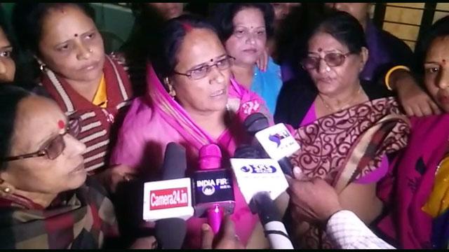 सोनिया गांधी का जन्मदिन ग्वालियर कांग्रेस कार्यालय में मनाया गया