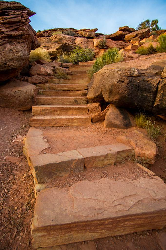 stairs on grandview point trail