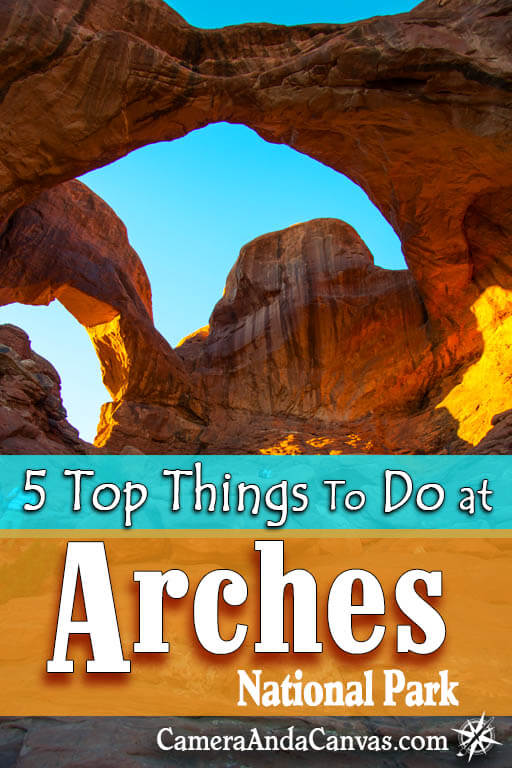 Arches National Park has famous landmarks like Delicate Arch, Landscape Arch, Balanced Rock, and so many more unique red rock formations! Located just outside of Moab, Utah, it's one of the must see National Parks in the US! Take an easy or more difficult hike, or just stop at all the viewpoints to admire the scenery. You can see a lot in just a day! #Arches #ArchesNationalPark #NationalParks #Utah #Moab #desert