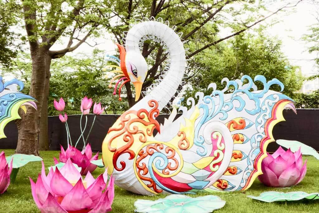 Chinese Lantern Festival 2017, Franklin Square, Philadelphia. Swan lantern.