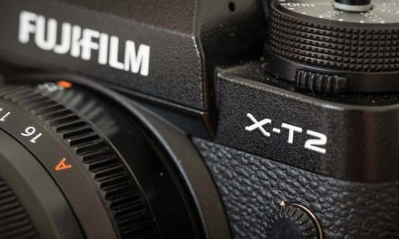 Hands-on Fuji X-T2 review