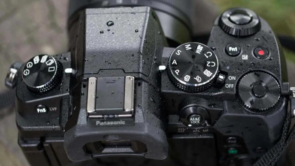 Panasonic Lumix G80 top