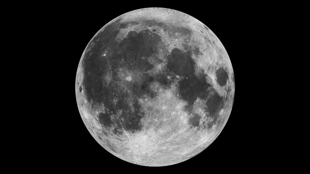 Moon photography tips: 03 Secure your camera
