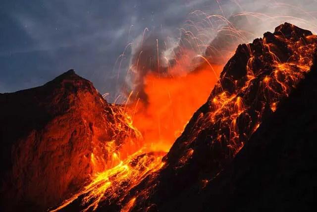 Volcano eruption - Martin Siering/tpoty.com