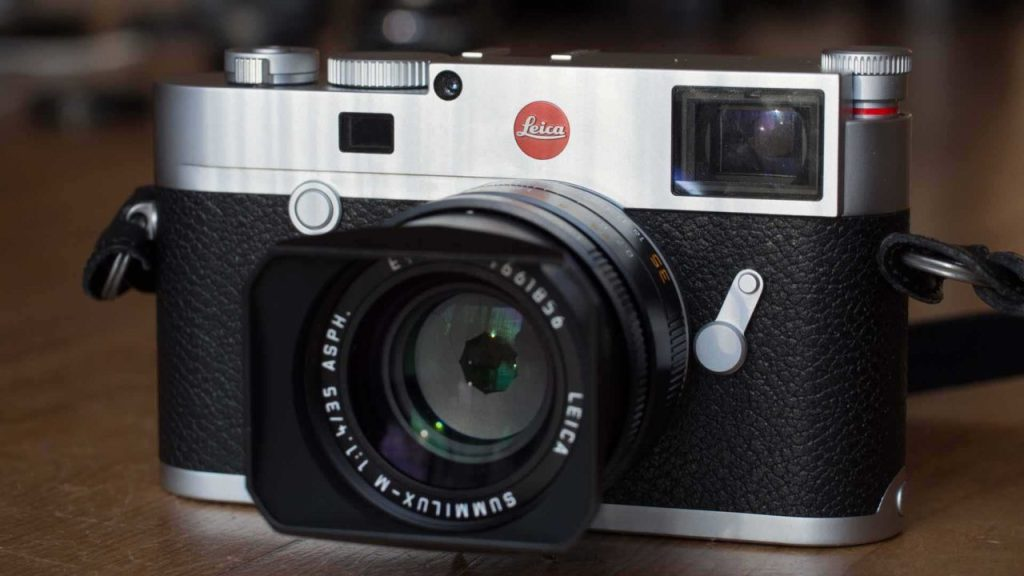 Leica M10 front