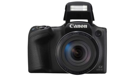 3 Canon compacts announced: price availability and specs confirmed