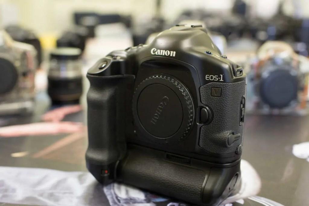 Canon EOS-1v