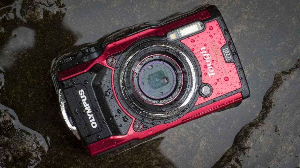 Olympus Tough TG-5 Review front
