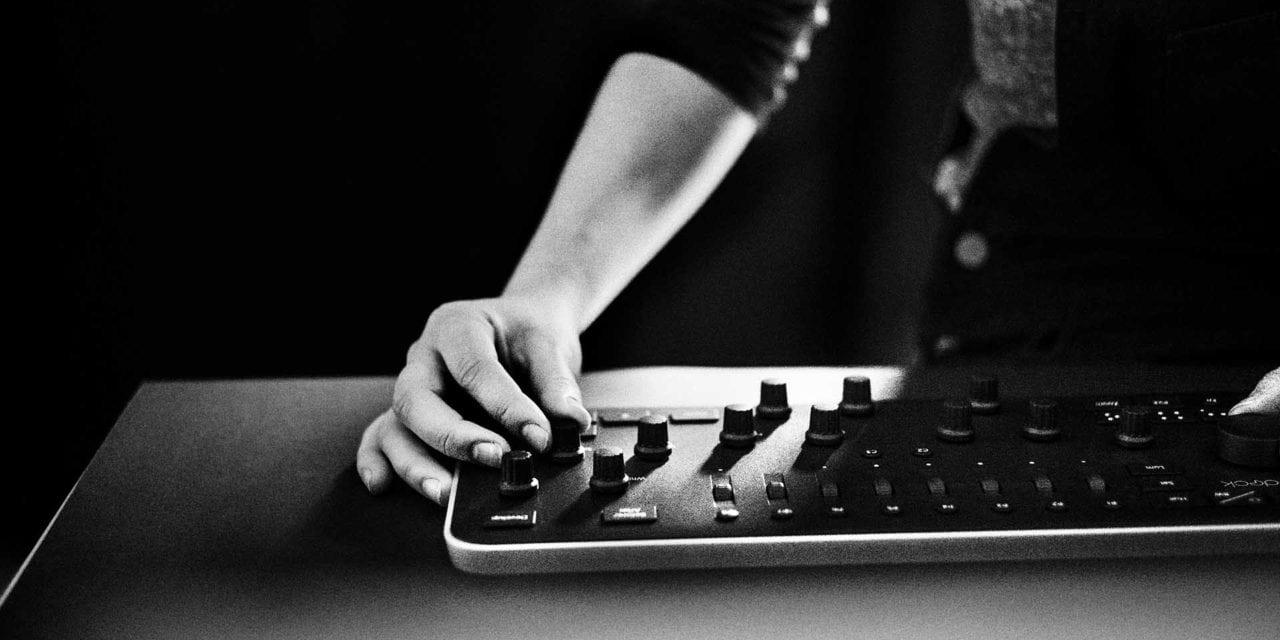 Loupedeck Lightroom editing console now available, priced £325 / $299