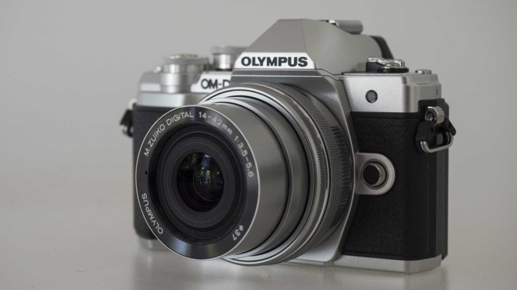 Olympus OM-D E-M10 MarkIII Review - Camer