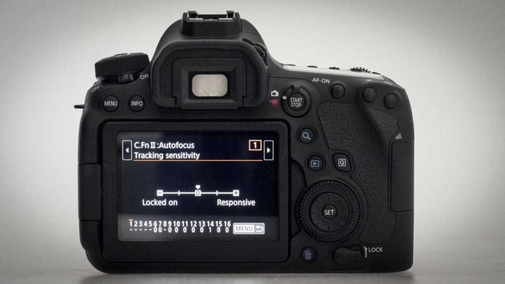 Canon EOS 6D Mark II Review: Customising the C-AF