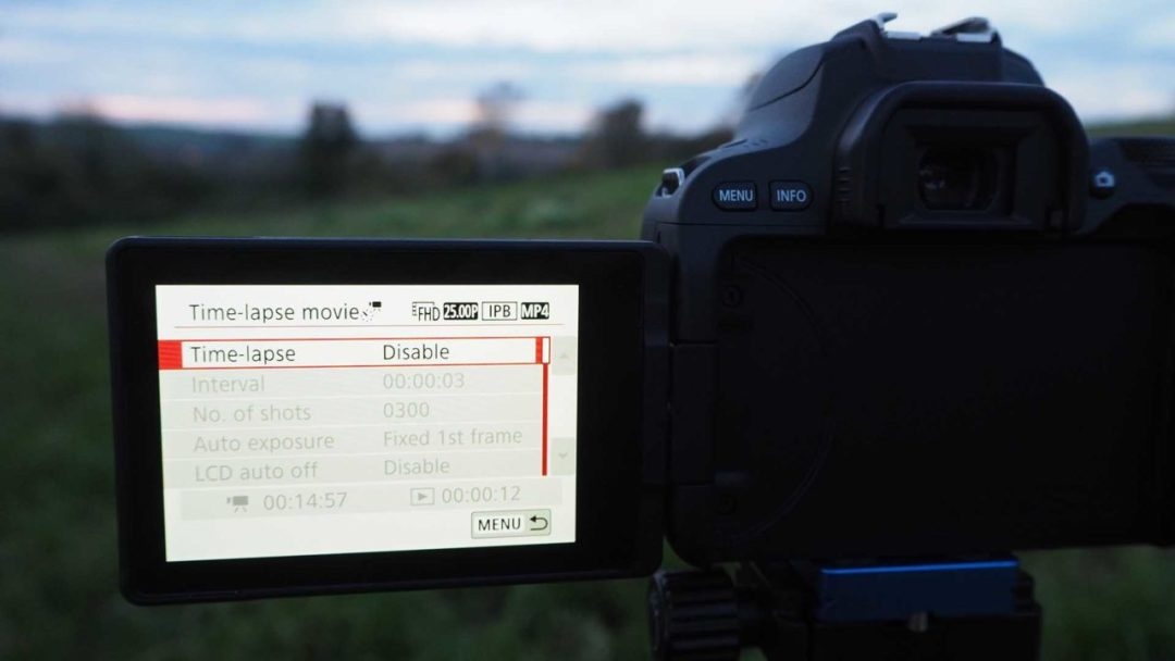 How to set up a timelapse on the Canon EOS 200D / Rebel SL2: timelapse menu