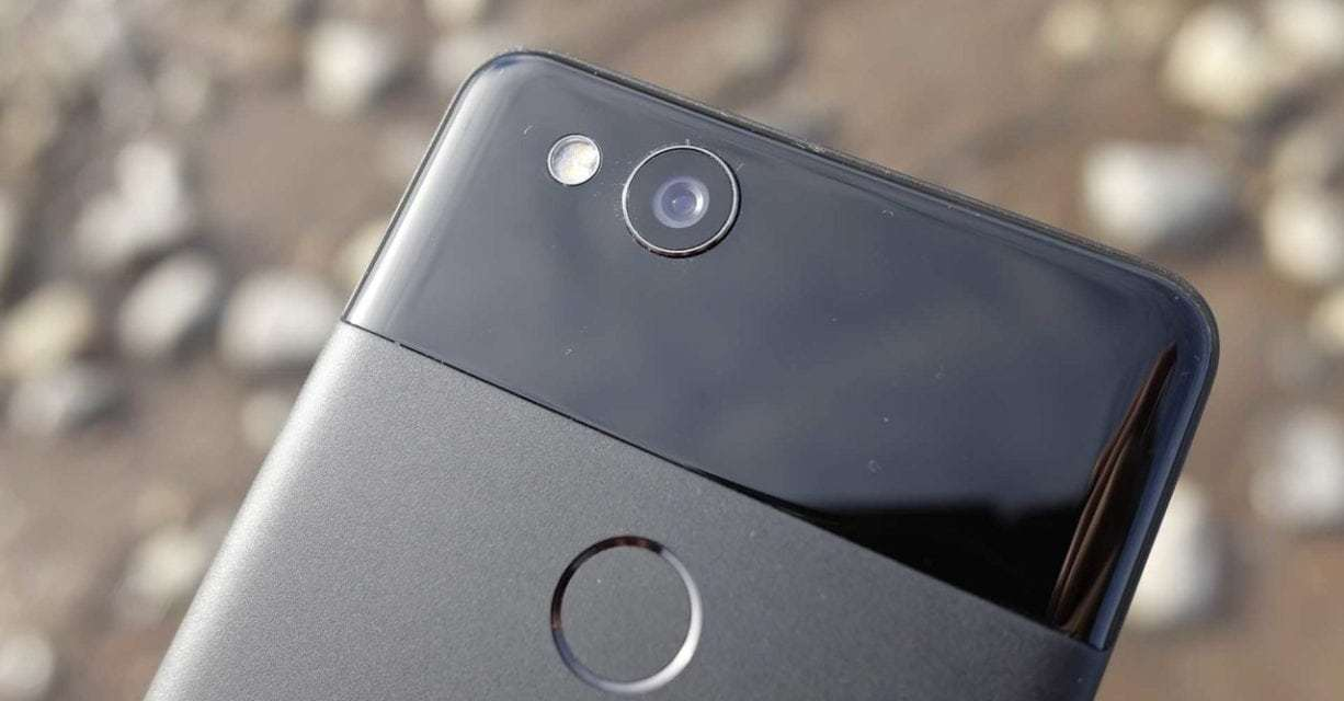 Google to fix bug where camera fails to save photos