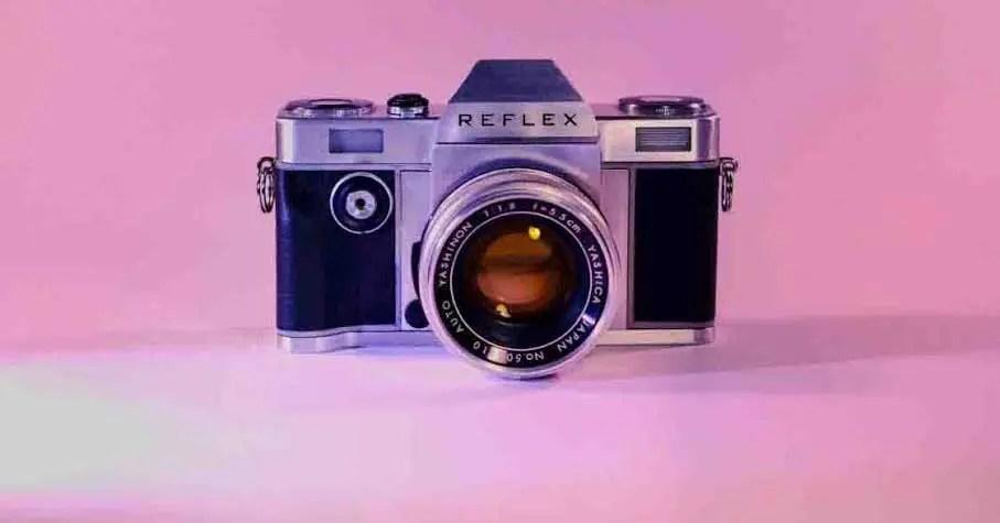 Reflex 1 SLR film camera will support a digital back
