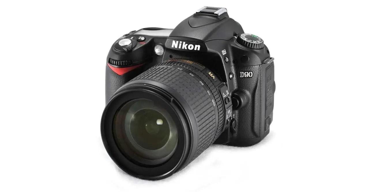 Best compact camera under 200