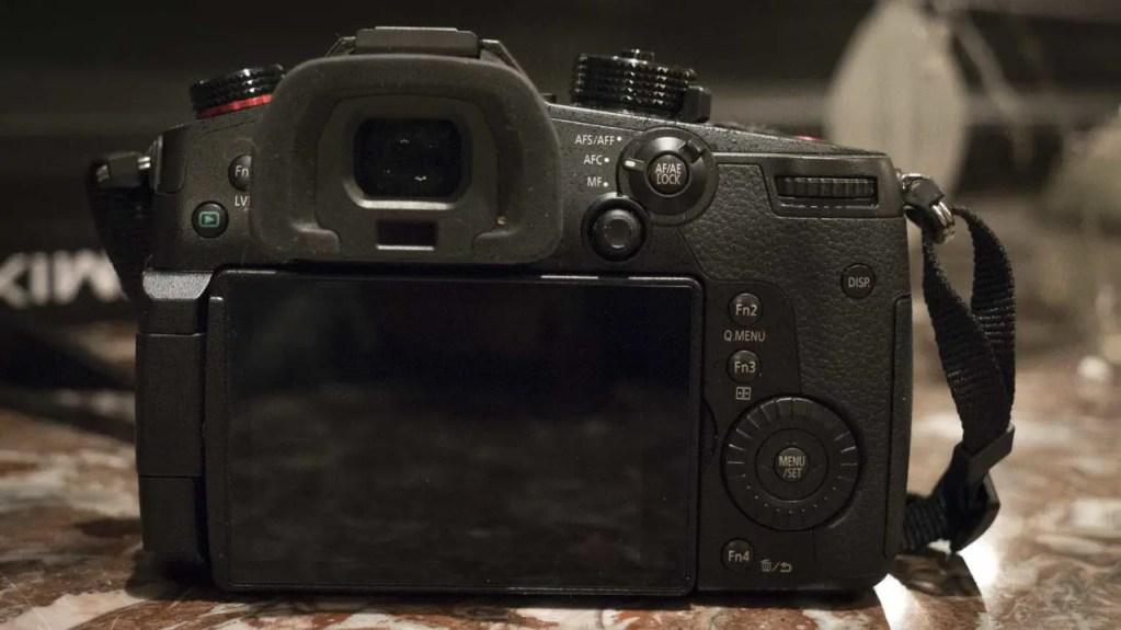 Panasonic Lumix GH5S Review: Camera