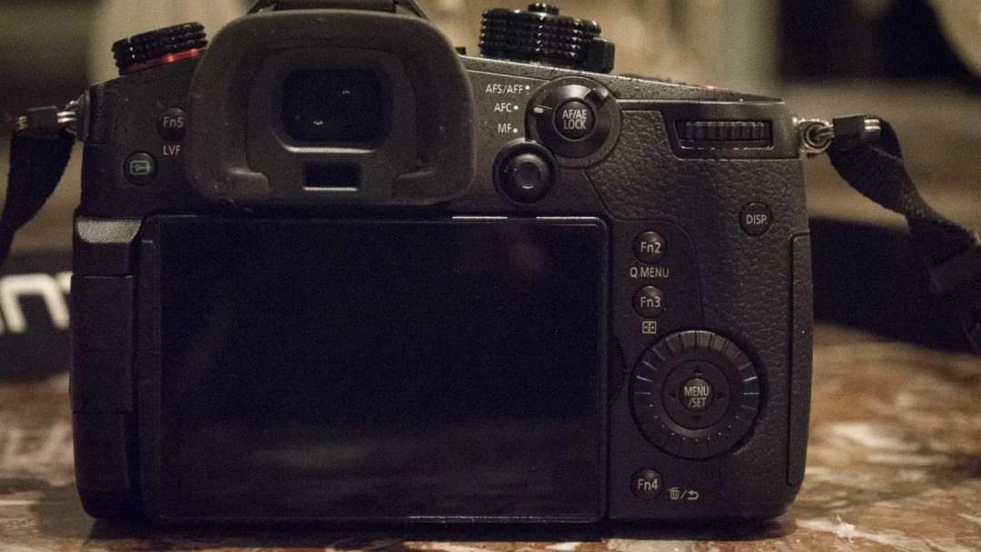Panasonic Lumix GH5S Review: Camera back