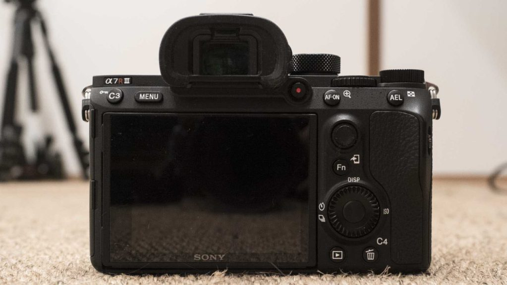 Sony A7R III Review: Back of the camera