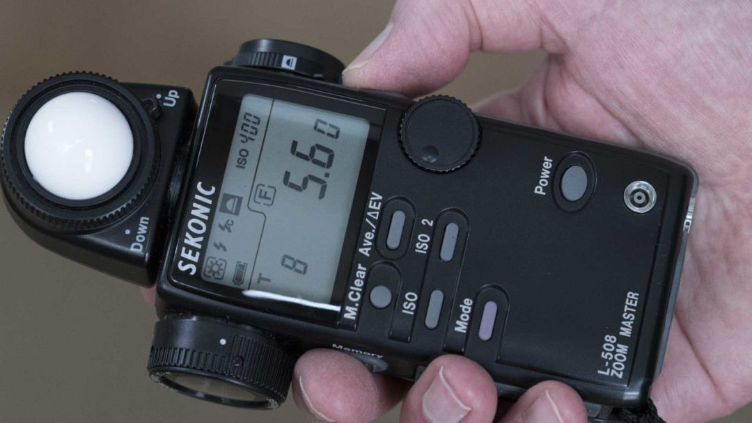 How to use a hand-held light meter for accurate exposures