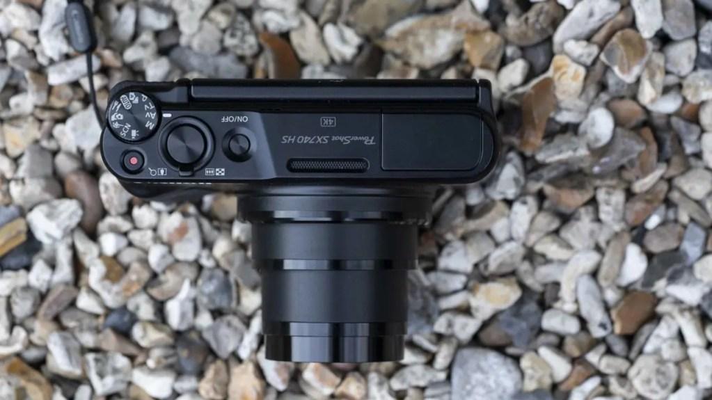 Canon PowerShot SX740 HS Review