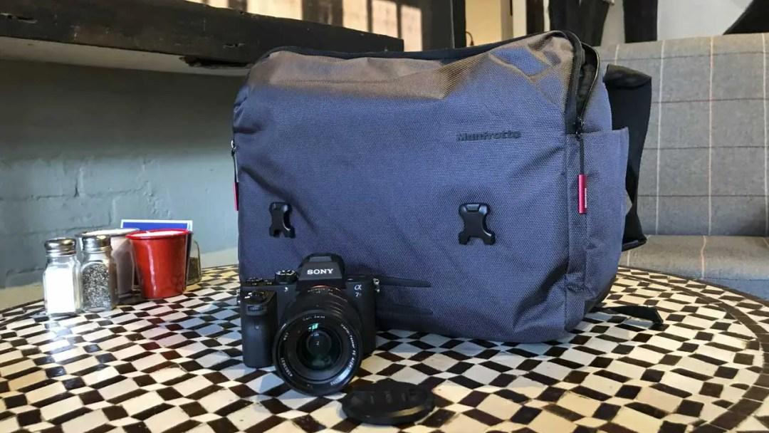 Manfrotto Manhattan camera messenger Speedy-30 Review