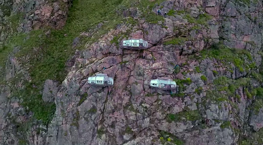 Прозрачный отель для экстремалов в перуанских Андах над Священной долиной-82