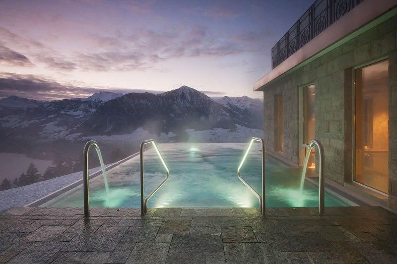 Otel v shveytsarskih Alpah 14