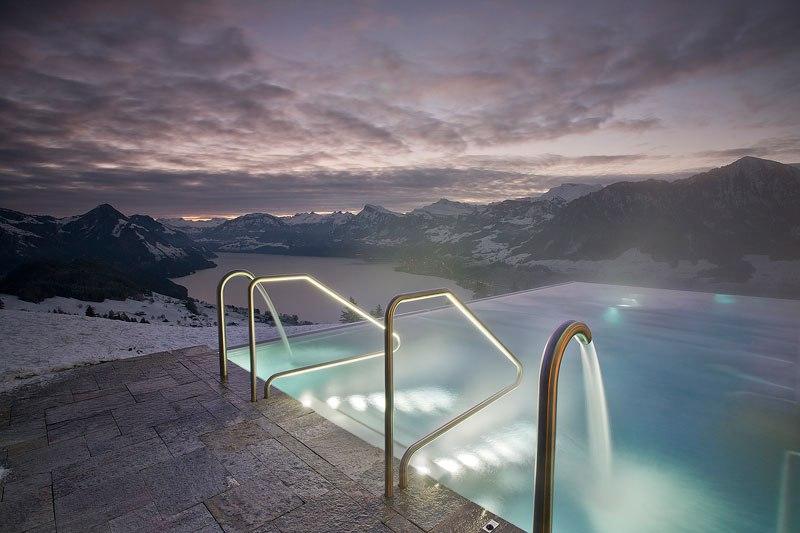Otel v shveytsarskih Alpah 17