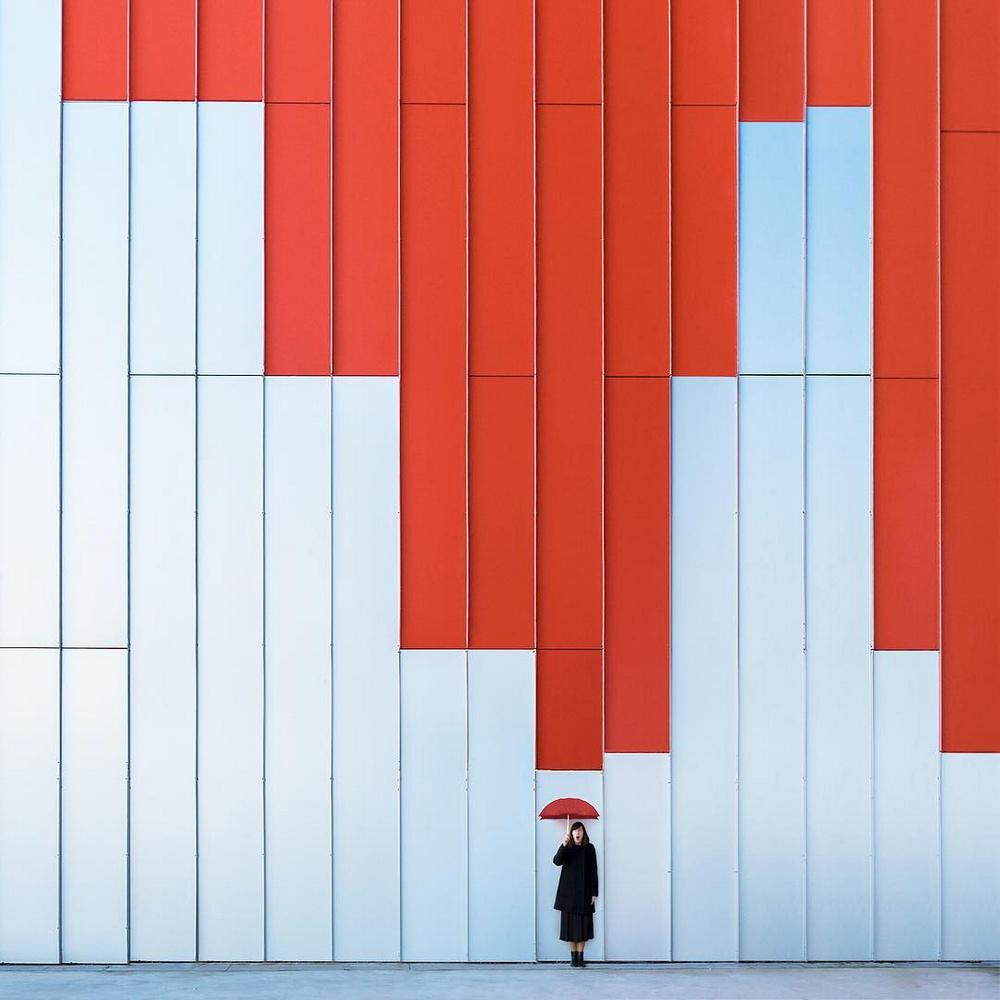 Дуэт фотографов путешествует по миру и снимает креативные архитектурные портреты  22