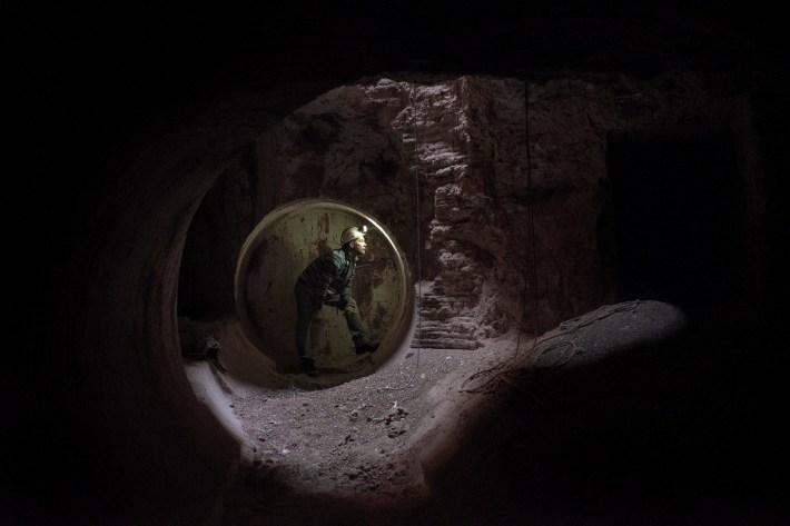 Как живёт подземный город Кубер-Педи в австралийской пустыне  8