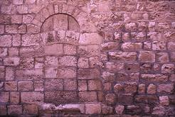 Stone window along Via Dolorosa, photo by Brent VanFossen