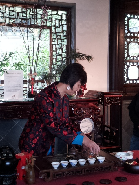 Pearl of the Red Robe Cafe serves gongfu tea ceremony at Chinese Garden, Portland, Oregon - photography by Lorelle Vanfossen.