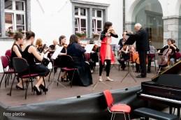 Najprej je z nami nastopila flavtistka Anja Colja.