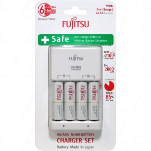 Fujitsu AA or AAA Charger with 4 x AA NiMH Batteries