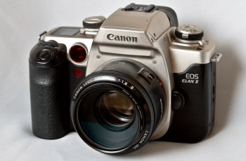 Bring it Back! The Canon EOS ELAN II and IIE Manual For User Guidance 1