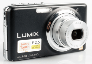 """Panasonic DMC-FX77 Manual for a Great Compact Camera with 3.5"""" Touchscreen Panel"""