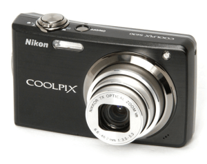 Nikon CoolPix S630 Manual - camera front side
