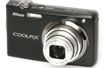Nikon CoolPix S630 Manual - camera front side