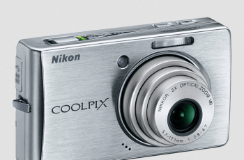 Nikon CoolPix S500 Manual - camera front side