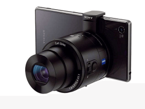Sony Cyber-Shot DSC-QX10 Manual - camera attached on phone