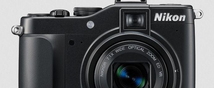 Nikon CoolPix P7000 Manual - camera front side
