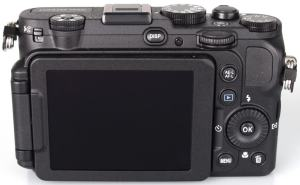 Nikon CoolPix P7700 Manual-camera back side