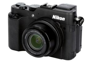 Nikon CoolPix P7800 Manual - camera front face