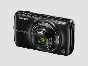 Nikon CoolPix S810c Manual-camera front side