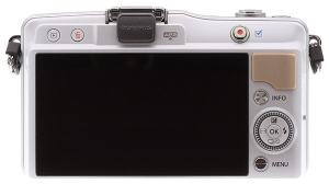 Olympus E-PM2 Manual - camera back side