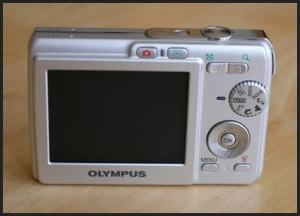 Olympus FE-190 Manual - camera back side