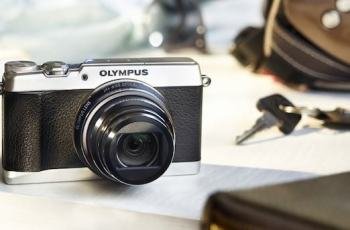 Olympus SH-2 Manual - camera front face