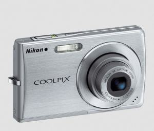 Nikon CoolPix S200 Manual User Guide and Specification Review