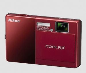 Nikon CoolPix S70 Manual - camera front side