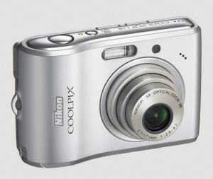 Nikon CoolPix L15 Manual - camera front side